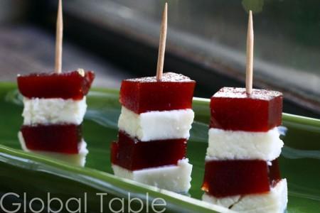 Spicy Meatballs With Pomegranate Sauce (Fesinjan Kyufta) Recipes ...