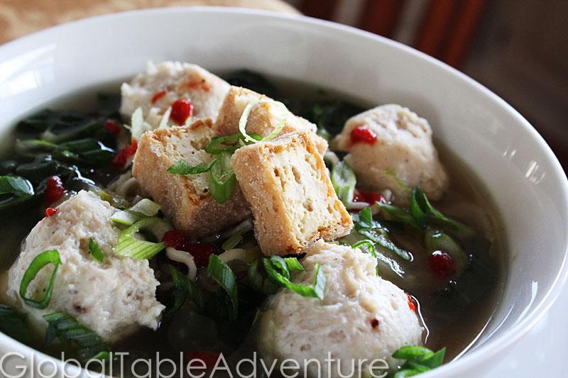 Chicken Bakso/Baso (Indonesian/Timorese Meatballs) Recipes ...