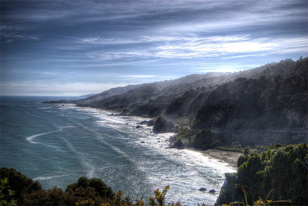 Beach at Punakaiki, New Zealand. Photo by Ville Miettinen.