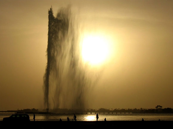 King Fahd's Fountain. Photo by Jan Tielens.
