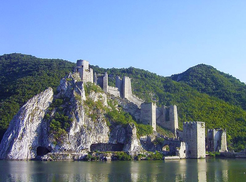 Golubac Fortress, by Denis Barthel.