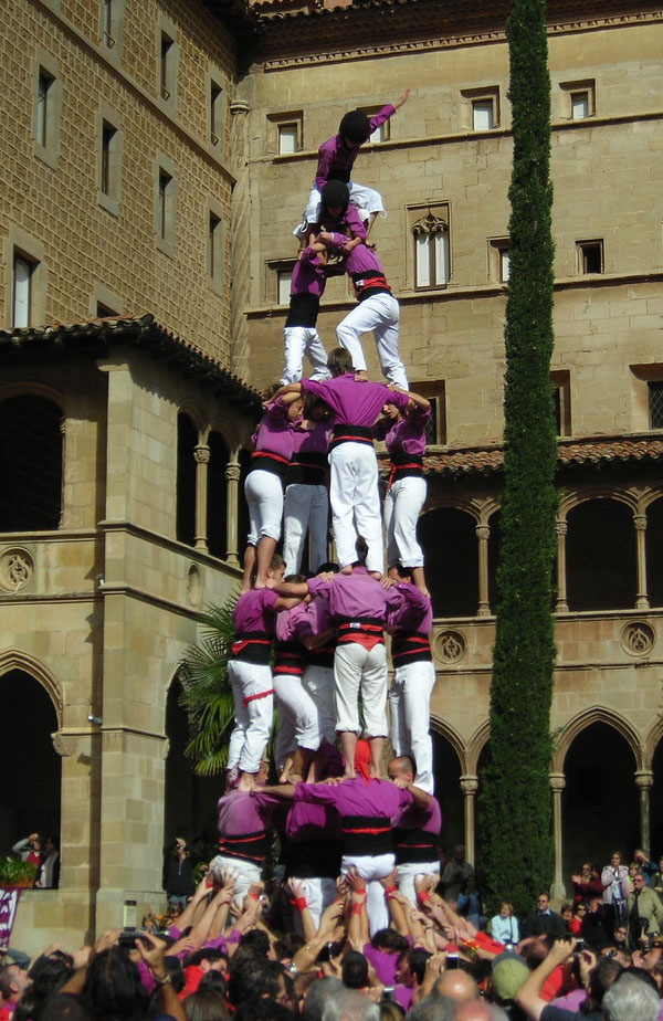 Castellers in Spain. Photo by alfonsomll.