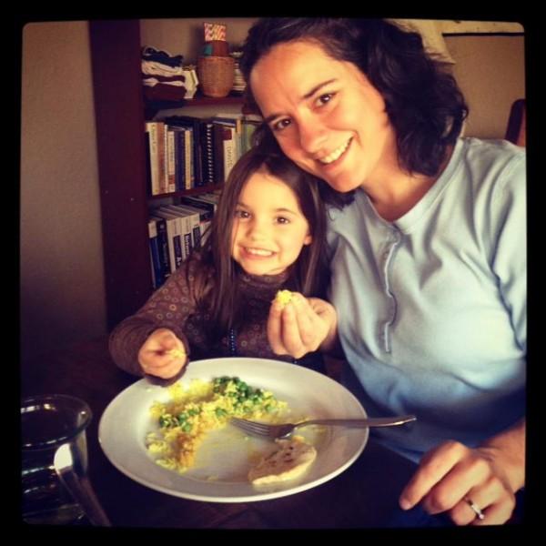 sasha and ava eat with hands