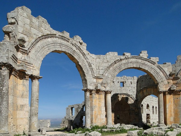 Arches in the Church of Saint Simeon Stylites, Syria. Photo by Bernard Gagnon.