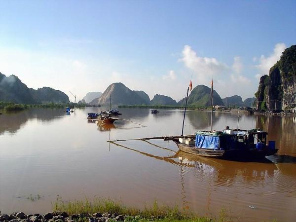 Khu cầu Đá Bạc Thủy Nguyên. Photo by Hoàng Việt.