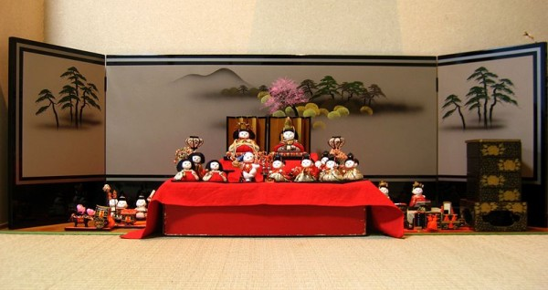 Hina Matsuri display. Photo by S kitahashi.