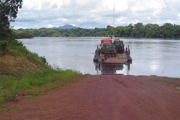 Pontoon Crossing at Mango Landing Essequibo River.