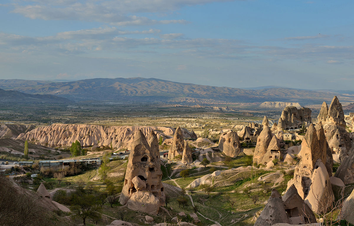Uçhisar in Cappadocia, Turkey, by Wolfgang Moroder.